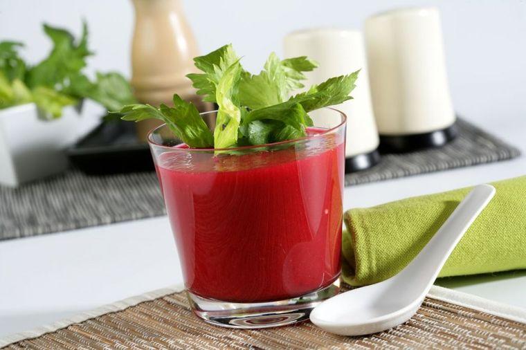 Sagorevač kilograma: Recept za najstariji napitak za mršavljenje!