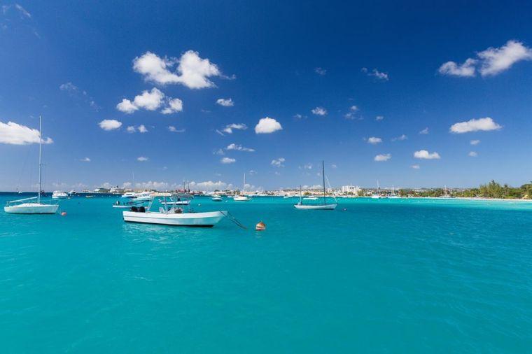 Kada bi mogli, svi bi ovde letovali: Tropsko ostrvo stvoreno za uživanje! (FOTO)