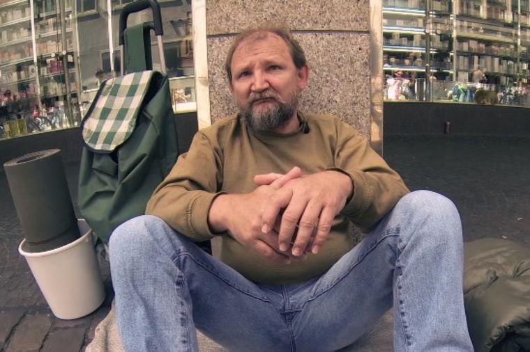 Pozajmili kantu od beskućnika: Njihov postupak vraća veru u ljude! (VIDEO)