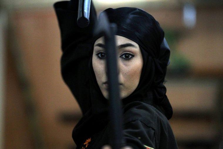 Ovako žive žene nindže iz Teherana: Daleko od kuvanja i rađanja dece! (FOTO)