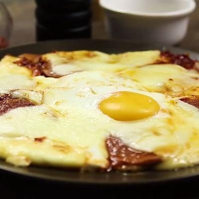 Pica od krompira: Peče se u tiganju, gotova za 10 minuta! (RECEPT)