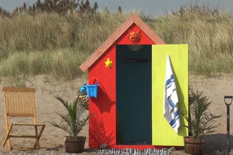 Izgleda kao mala šupa na plaži: Ko god je ušao unutra ostao je bez teksta! (VIDEO)