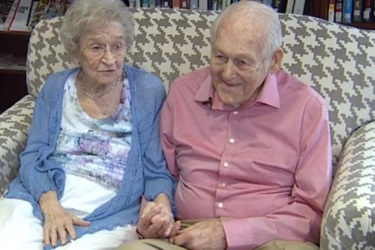 Donald (99) i Vivijen (99) proslavili 80 godina braka: Ovo je njihov recept za ljubav i sreću!(FOTO)