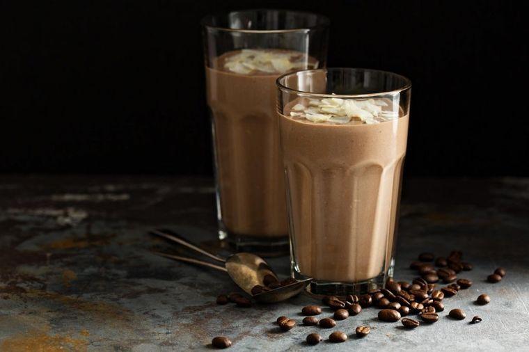 Za sve ljubitelje kafe: Savršeni recepti za vrele dane!