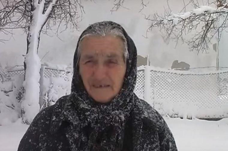 Novinarka pitala baku da li selu trebaju 3 crkve: Starica je brutalno isprozivala! (VIDEO)