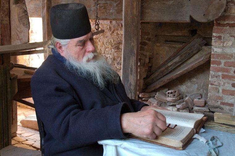 Ruski monah otkrio naučniku prirodni lek za sve bolesti: Medicina proverila, i ostala u čudu!