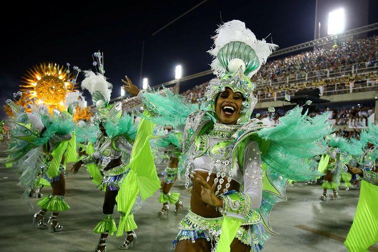U toku je karneval u Vrnjačkoj banji: 350 hiljada posetilaca i igračice iz Brazila!