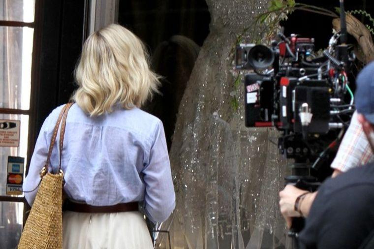 Famozna plavuša: Modna ikona promenila frizuru (FOTO)