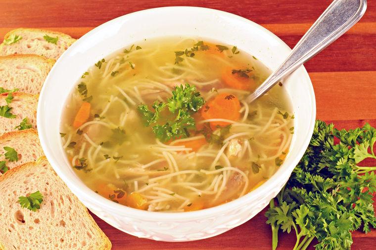 Recept za pravu, domaću teleću supu: Ukusnija od svake restoranske! (RECEPT)