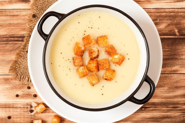 Pregorela supa: Jelo koje reguliše varenje, čisti creva i smiruje želudac (RECEPT)