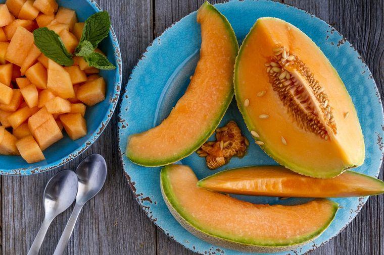 Jedite dinju na prazan stomak što češće: Može da izleči sve, od prehlade do visokog pritiska!
