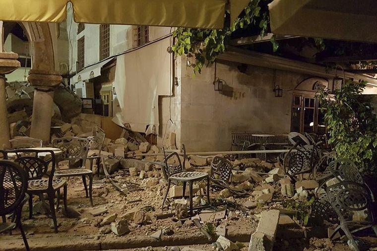 Snažan zemljotres pogodio grčka i turska letovališta: Dve osobe poginule (FOTO)