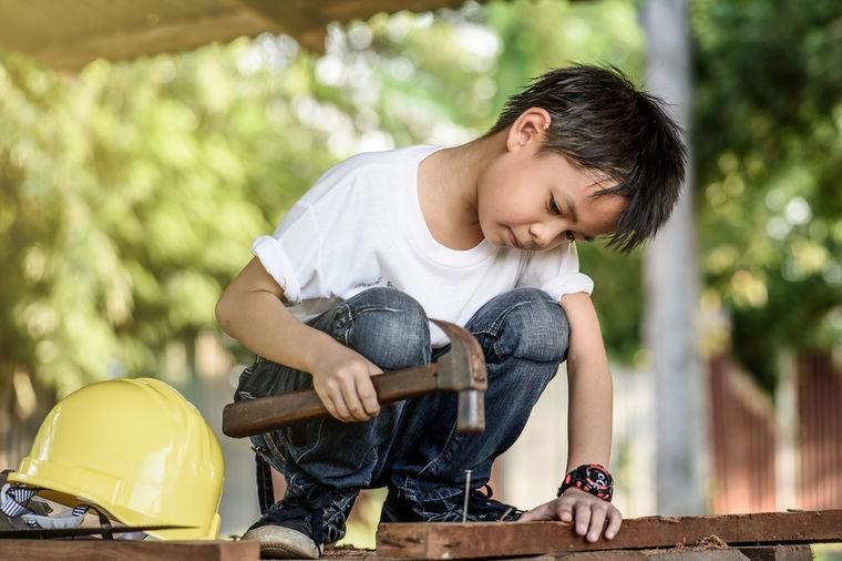Spisak poslova koje deca u Srbiji više nikad ne smeju da rade: Čak ni kao pomoć roditeljima