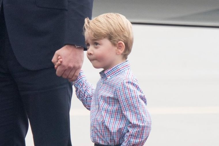 Princ Džordž napunio 4 godine: Svakom svojom pojavom iznova oduševi svet! (FOTO, VIDEO)