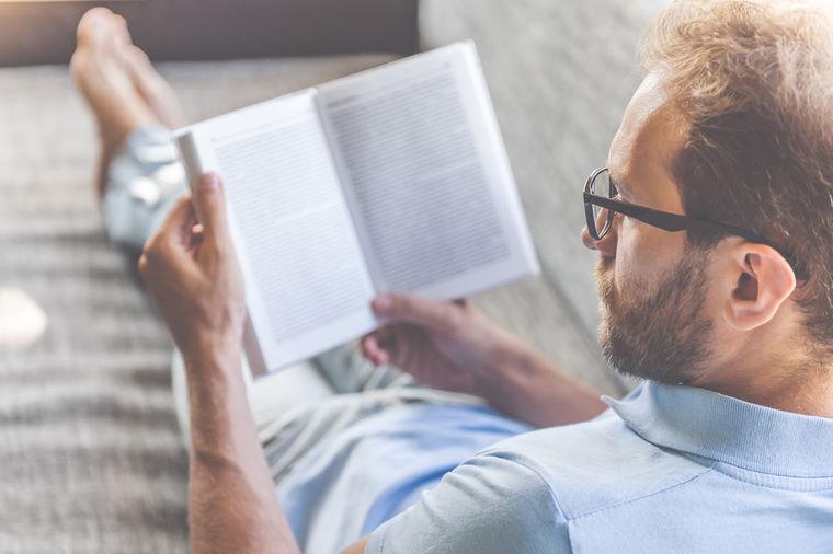 Pročitao 100 knjiga i zaključio: Za život i uspeh potrebno je znati ovih 8 stvari!
