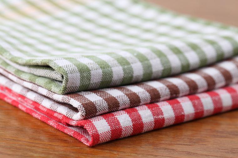 Koliko dugo smete da koristite kuhinjske krpe između dva pranja: Sprečite opasne zaraze!