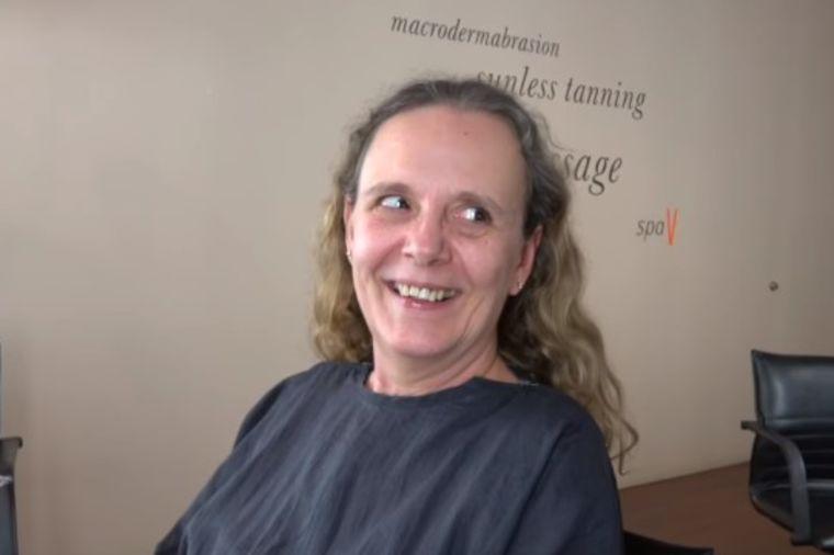 Otišla kod frizera i samo rekla: Šišaj! Ovakvu promenu nije ni sanjala! (VIDEO)