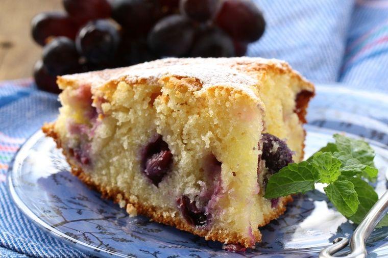 Pijani smederevski kolač: Poslastica na koju ćete se navući! (RECEPT)