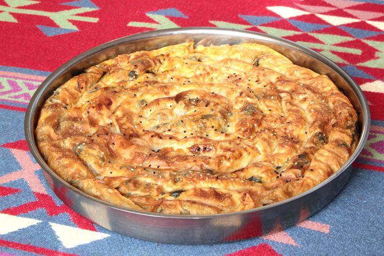 Originalni recept iz sjeničkog kraja: Nigde nema ovakve pite koturače!
