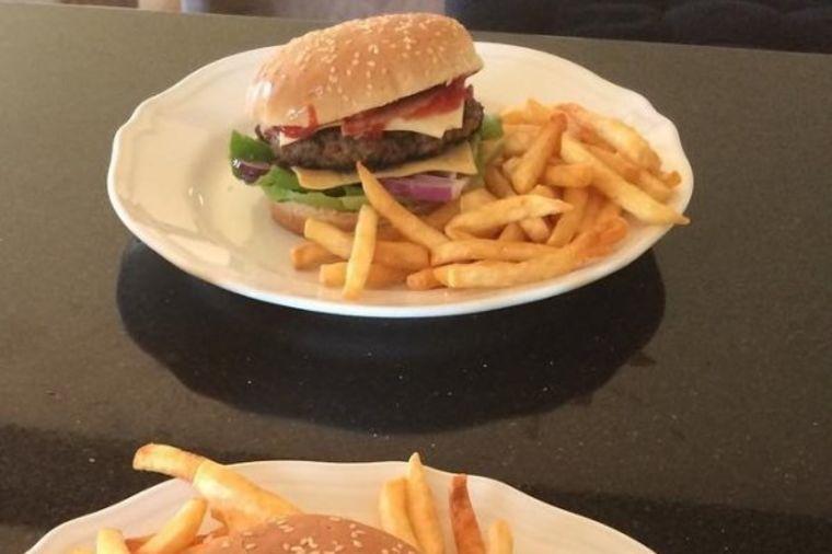 Domaći burgeri: Slasni zalogaji koje nećete zaboraviti (FOTO)