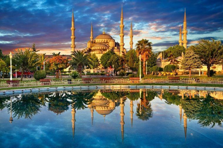 Plava džamija, slavni dragulj Istanbula: 9 činjenica koje niste znali o prelepom zdanju! (VIDEO)
