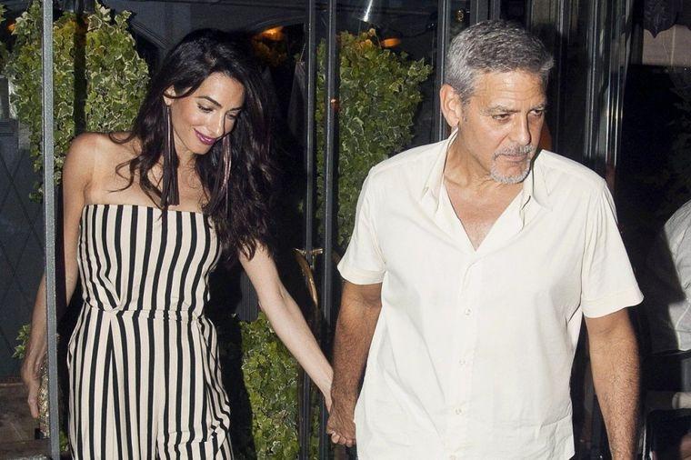 Dva meseca nakon porođaja: Gospođa Kluni u najboljem izdanju do sada (FOTO)