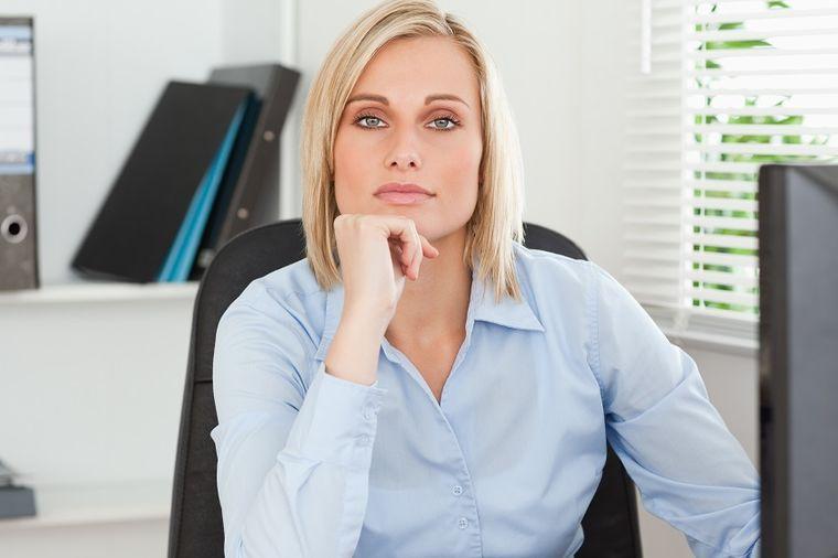 Žena na poslu, Foto: Shutterstock