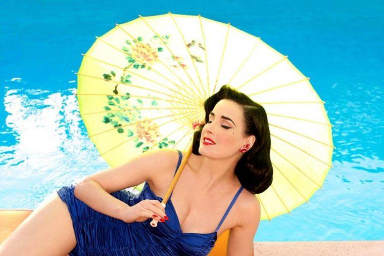 Telo u obliku peščanog sata: One su ubedljivo najlepše žene u istoriji! (FOTO)