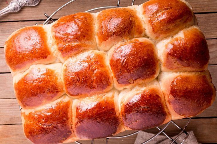 Domaće puter pogačice: Ko ih jednom proba, više ne kupuje hleb! (RECEPT)