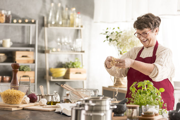 Nema ručka koji se kuva bez ovog začina: Ceo organizam reaguje, posebno srce! (FOTO)