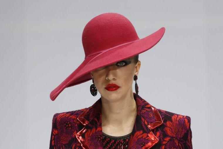 Međunarodna izložba šešira u Moskvi: Pravi spektakl za ljubiteljke mode!