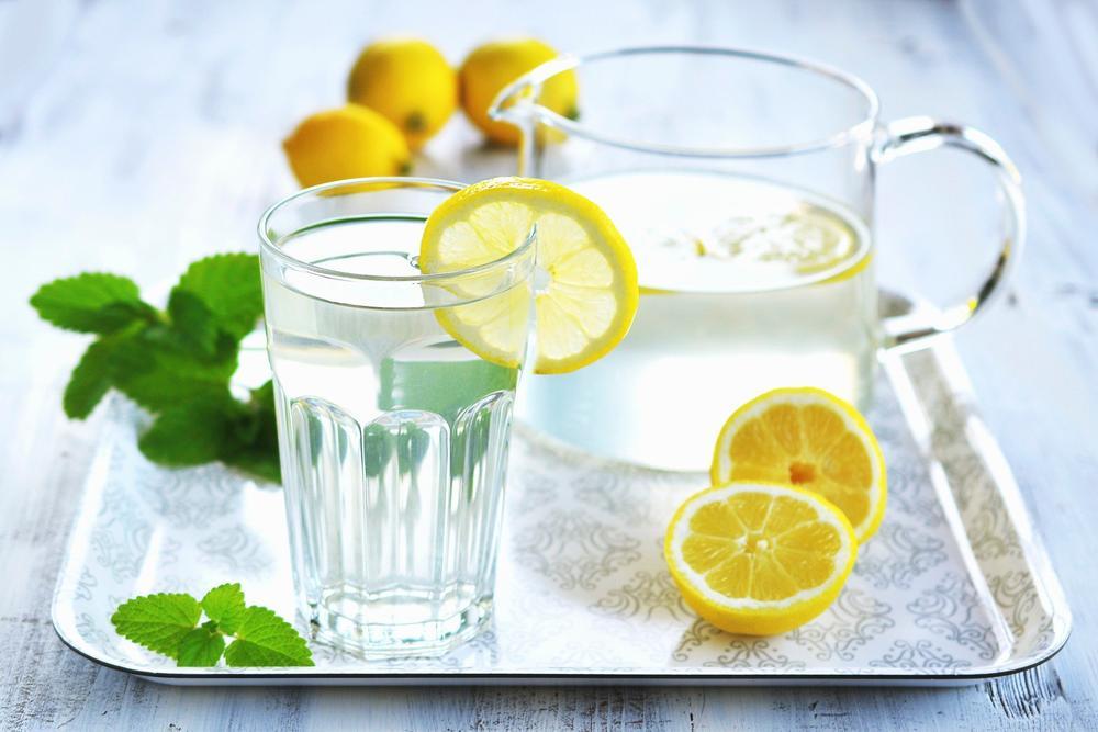 Limun, Voda sa limunom, Limunada