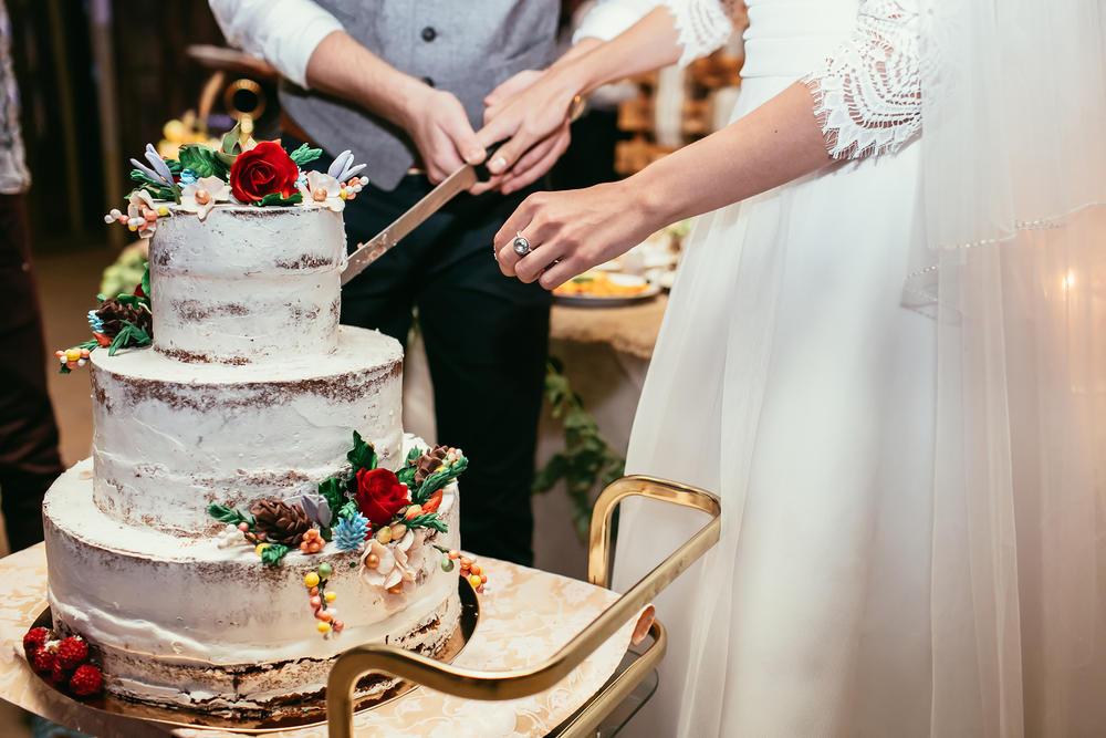 Od jenostavne do potpuno glamurozne dekoracije: Najlepše svadbene torte!