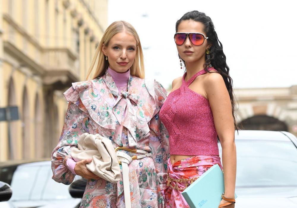 Najraskošnije modne kombinacije sa nedelje mode u Milanu: Ulični stil koji ćete poželeti da iskopirate! (FOTO)