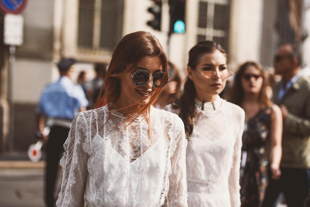 Ovako se bela boja nosi ovog leta: 10 najlepših stajlinga!