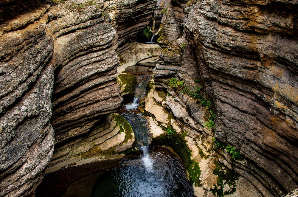 Kanjon Rosomački lonci: Neverovatno čudo prirode u sred Stare Planine!