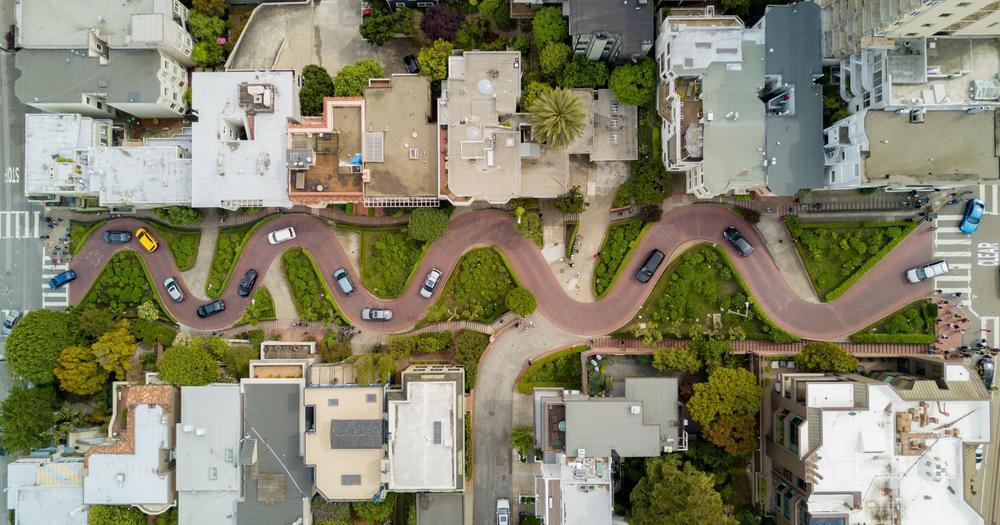 Turistička atrakcija koju godišnje poseti oko 2 miliona ljudi: Da li je ovo najvijugavija ulica na svetu?