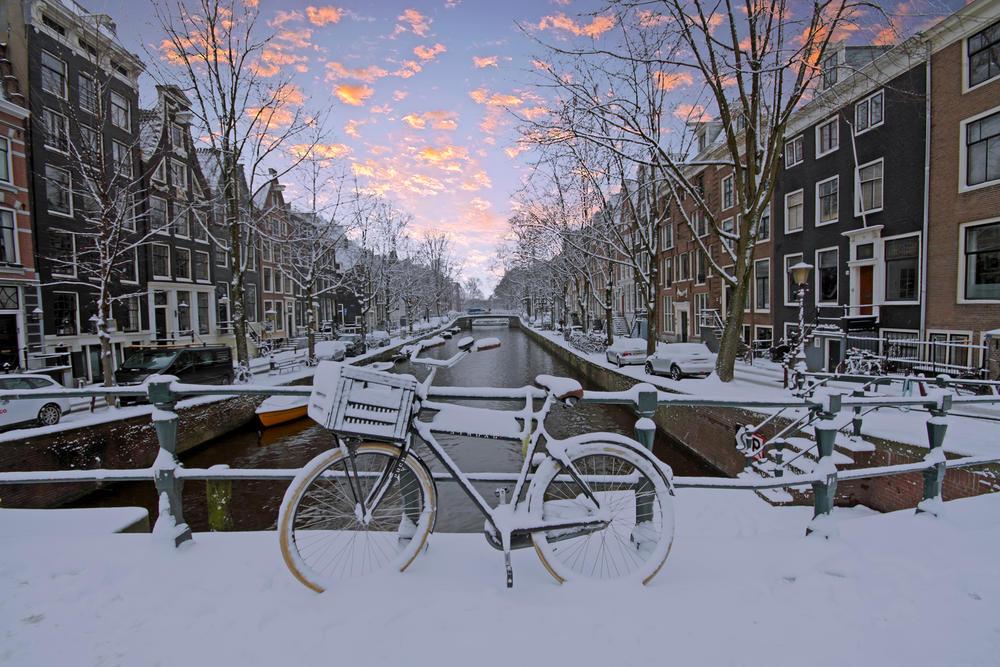Amsterdamski kanali, Amsterdam