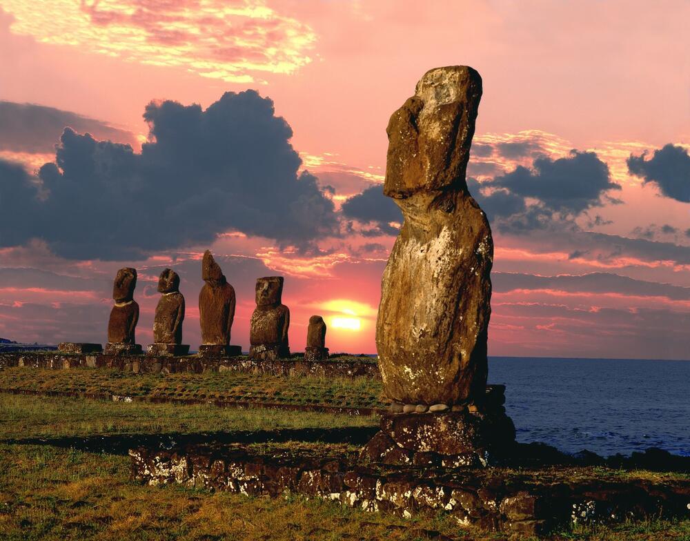SEĆAM SE JASNO, STATUE SU NEKAD HODALE: Tajna Uskršnjeg ostrva!